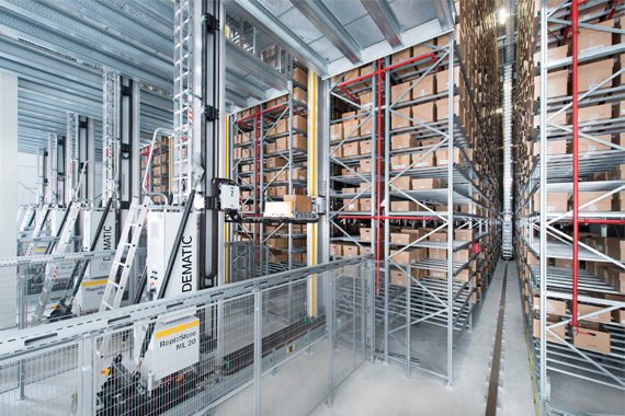 DEMATIC storage retrieval system with igus® guidelok guide trough